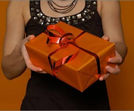 Что можно подарить мужу