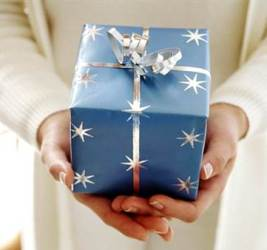 Должен ли руководитель подчиненным дарить подарки