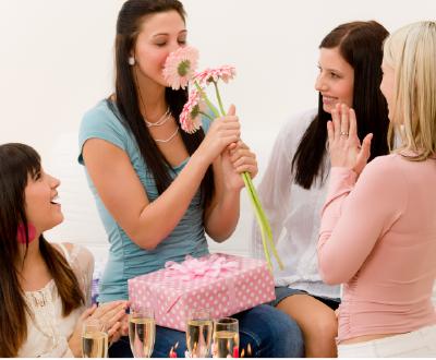 Что подарить подруге на 35 лет