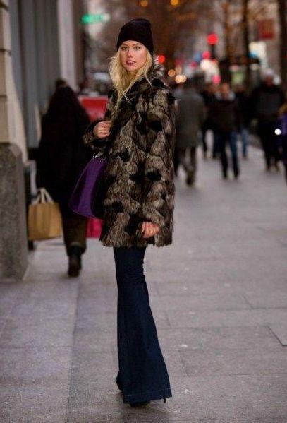 девушка в шубе брюках и шапке