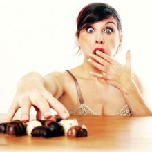 Как перестать есть сладкое?