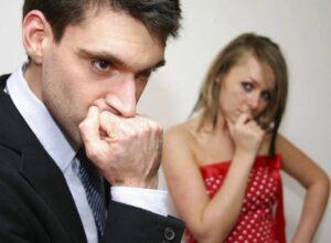 30 признаков, что мужчина женат — по переписке, внешности, поведению