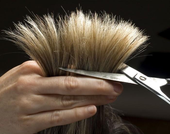 Делать если сильно выпадают волосы голове