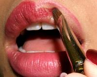 lips009