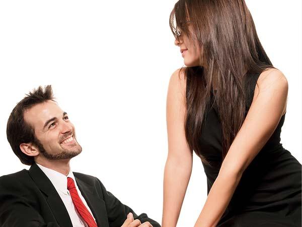 как заинтересовать парня при переписке