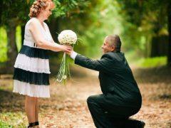 Какие подарки дарят на серебряную свадьбу?
