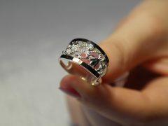Чем можно проверить подлинность серебра?