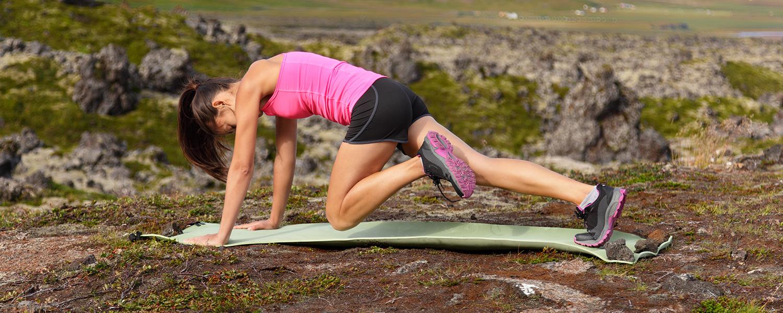 выполнение упражнения шаги скалолаза