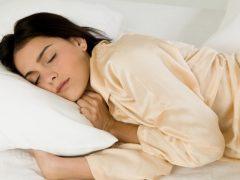 Сильно потею во сне: причины