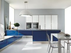 Сине-белая кухня: идеи интерьера