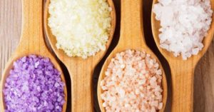 В состав масок включают разные виды соли