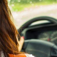 Как преодолеть страх вождения машины новичку-женщине?