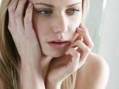 Из-за чего бывают творожистые выделения без запаха?