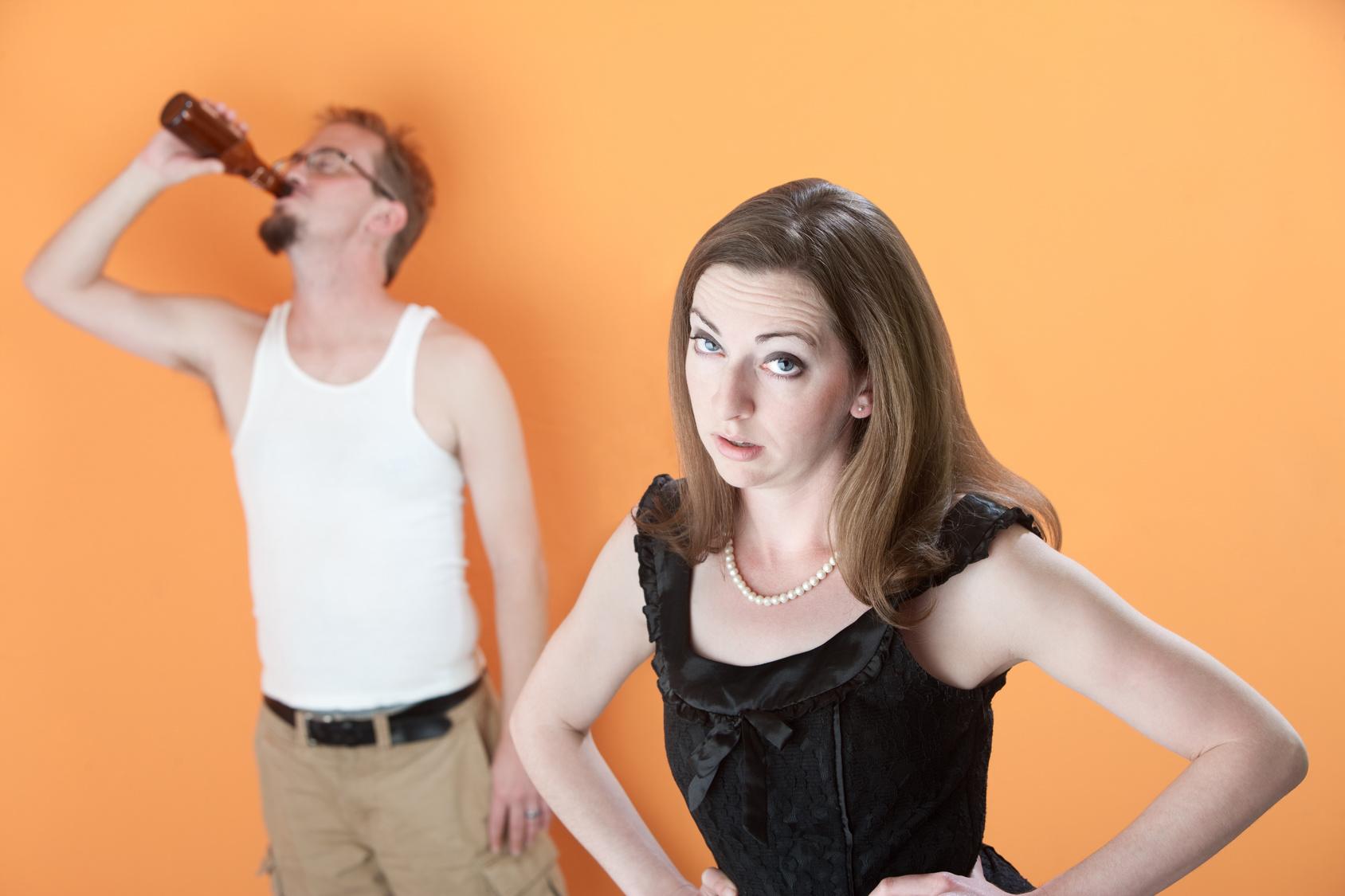 муж пьет жена сердита