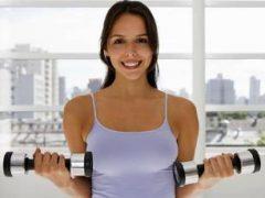Как сделать грудь красивой: упражнения