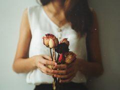 У женщины появился запах без выделений — что делать?