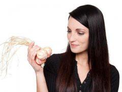 Как женщине избавиться от чесночного запаха выделений?